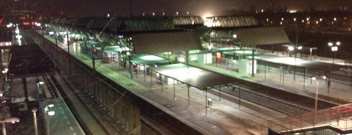 Estación de Breda is one of Lugares favoritos de Johan.