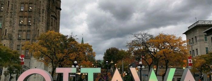 Ottawa is one of Posti salvati di Askenald Field.