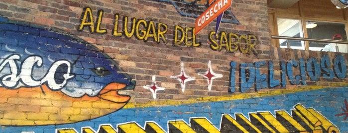 La Plaza de Andres cc Hacienda Santa Barbara is one of Lieux qui ont plu à Maria del Pilar.