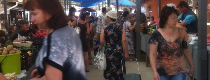 Рынок на Азовской is one of Fedor : понравившиеся места.