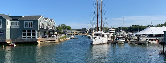 The Boathouse is one of Southern Maine Favorites.