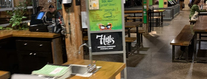 7 Hills Brewing Company is one of Posti salvati di Brent.