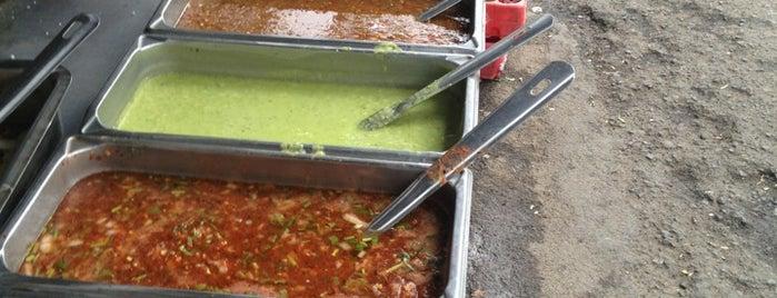 Tacos De Asada Ledesma is one of Posti che sono piaciuti a Guillermo.