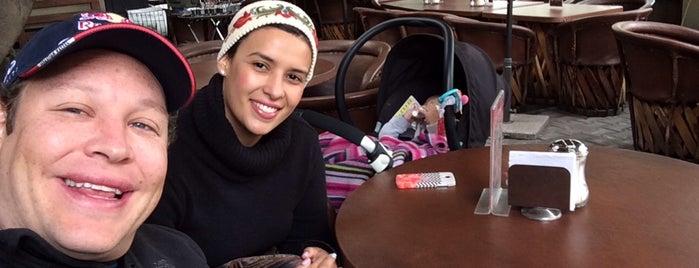 Café Libertad is one of Posti che sono piaciuti a Guillermo.