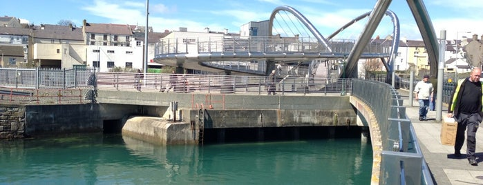 Holyhead Ferry Terminal is one of Lugares favoritos de Carl.
