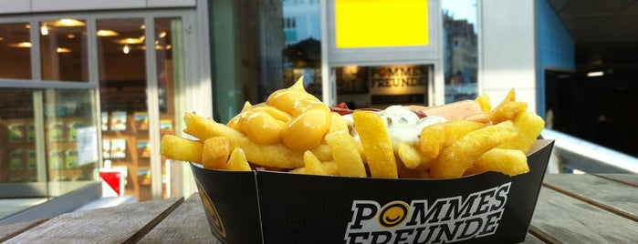 Pommes Freunde is one of Essen gehen.