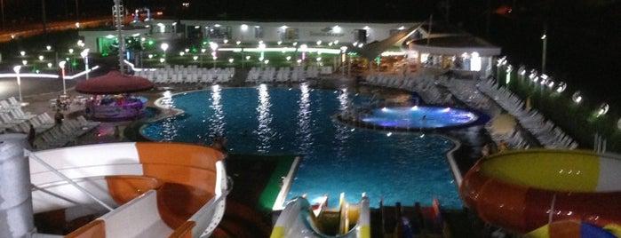 Suada Marin Aquapark is one of Lugares favoritos de Murat.