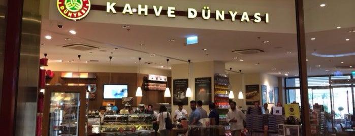 Kahve Dünyası is one of Posti che sono piaciuti a Hasan.