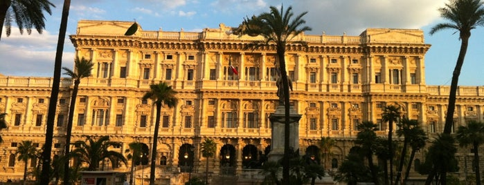 Piazza Cavour is one of Rome / Roma.
