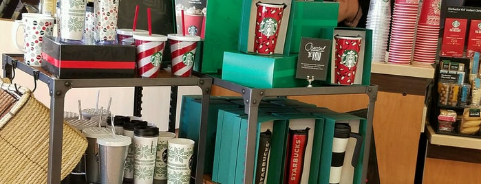 Starbucks is one of Lugares guardados de kazahel.