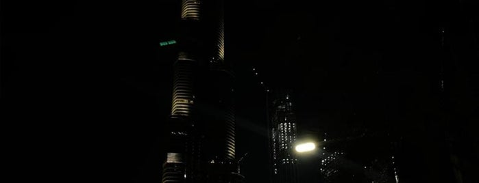 Downtown Dubai is one of Ladybugさんのお気に入りスポット.