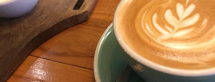 Hábito Café is one of Reductos de cafe.
