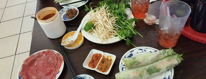 Little Saigon is one of Breanna 님이 좋아한 장소.