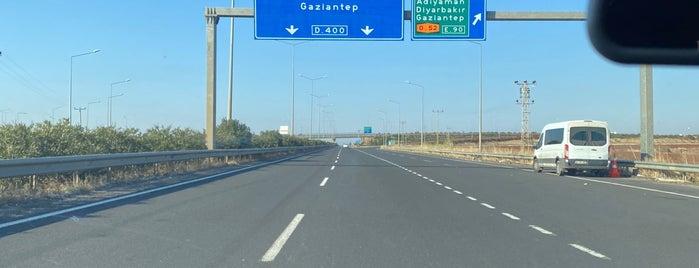 Şanlıurfa -Gaziantep Otoyolu is one of Orte, die Yılmaz gefallen.