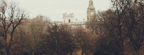 セント・ジェームズ公園 is one of Stuff I want to see and redo in London.