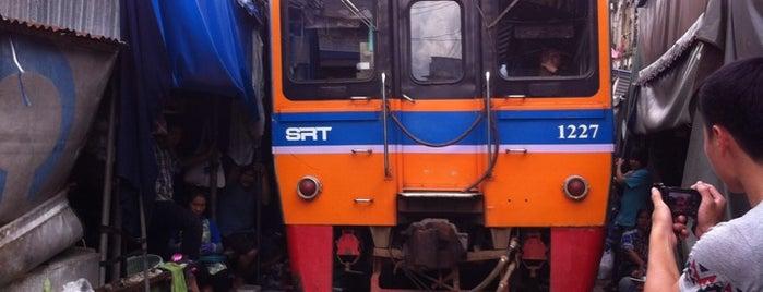 สถานีรถไฟแม่กลอง (Maeklong) SRT5032 is one of Shank'ın Beğendiği Mekanlar.