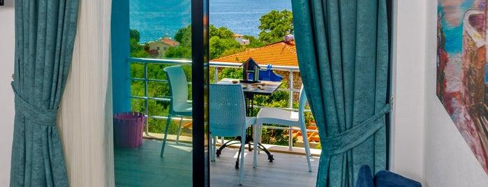 Derin Mavi Suit Butik Otel is one of Tempat yang Disukai Nihal.