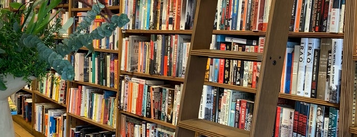 Topping & Company Booksellers is one of London Calling.