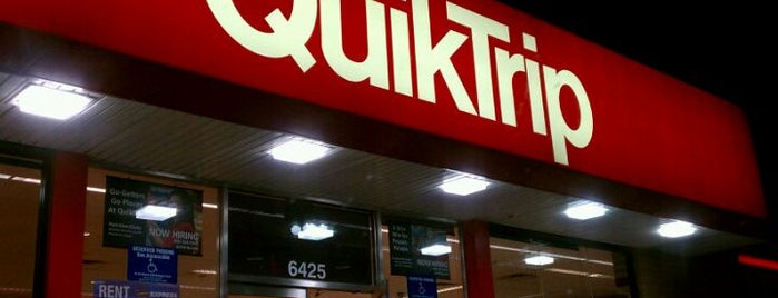 QuikTrip is one of Orte, die Andrea gefallen.