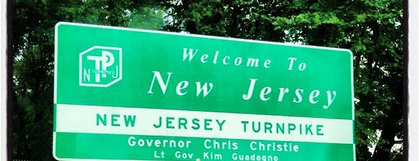 Welcome To New Jersey is one of Nicholas : понравившиеся места.
