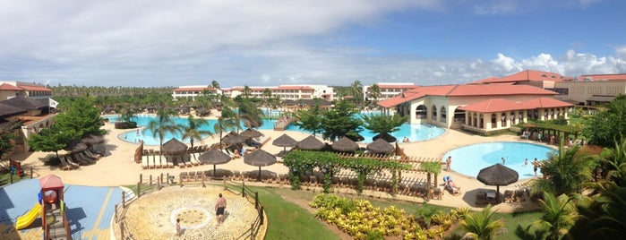 Grand Palladium Imbassaí Resort & Spa is one of Viagens.