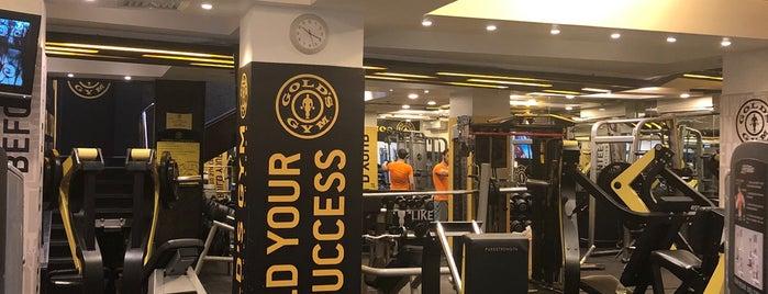 Gold's Gym is one of Orte, die Ahmed gefallen.