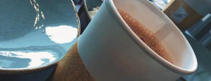 Dokkan Jaddi cafe is one of Posti salvati di Queen.