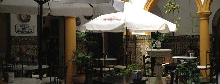 Taberna Los Deanes is one of Lugares favoritos de RabodeToro.