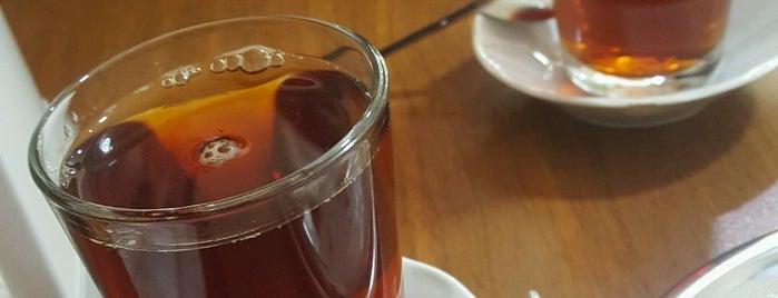 Yıldırımoğulları Tekirdağ Börek is one of Locais curtidos por Sıla.