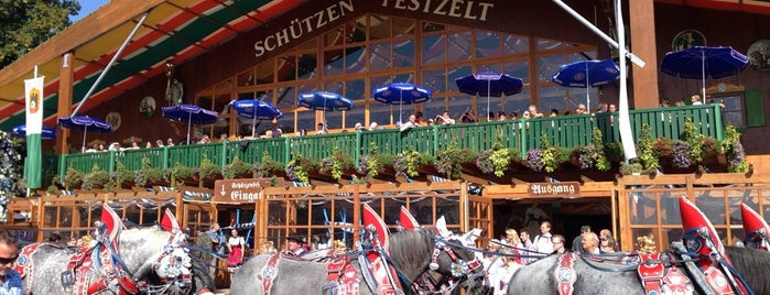 Schützen-Festzelt is one of Locais curtidos por 🙋🏻Aydan.