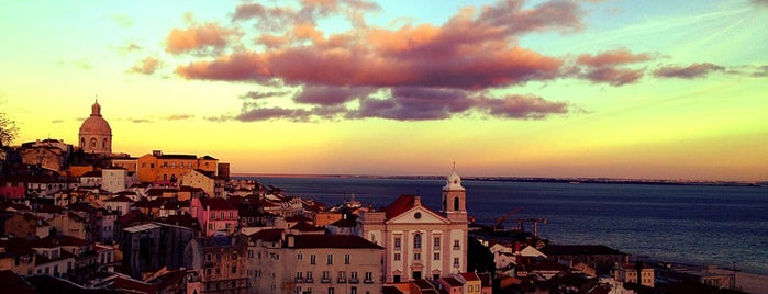 Miradouro de Santa Luzia is one of Lisboa - dia 1.