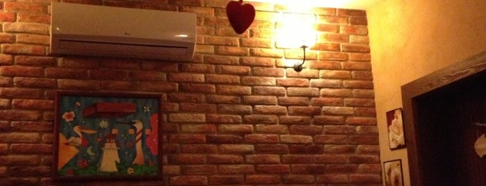 Brick Cafe is one of Tempat yang Disukai Iana.