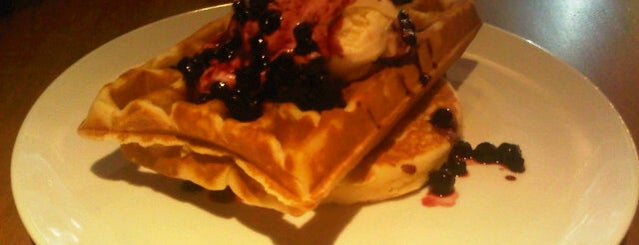 Pancious Pancake House is one of Anni in Jakarta.