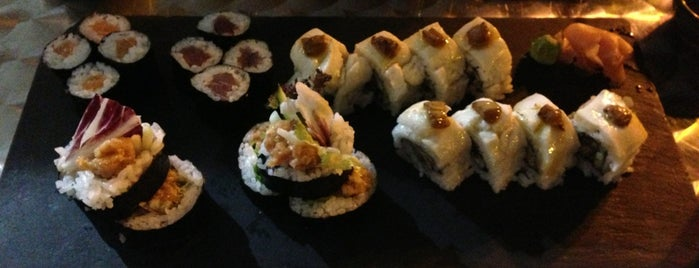 Sushi & Tapas is one of Sushi en Valencia.