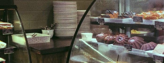 Costa Coffee is one of Orte, die Bego gefallen.
