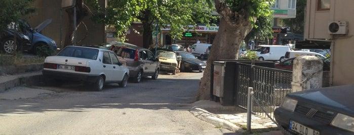 Merdivenköy is one of Bağdat Caddesi ve Civarı.