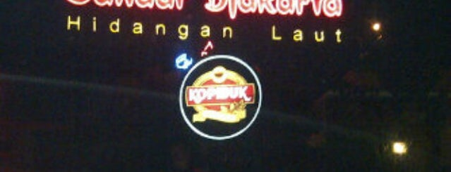 Bandar Djakarta is one of Kuliner Resto/Cafe ♥.