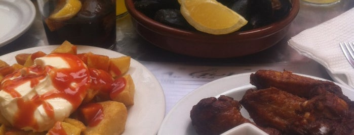 La Guineu is one of Tapas.