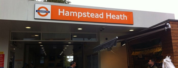 Hampstead Heath London Overground Station is one of Carl : понравившиеся места.