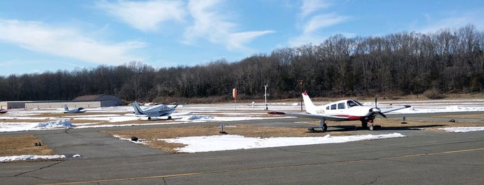 Blairstown Airport (1N7) is one of Airport.