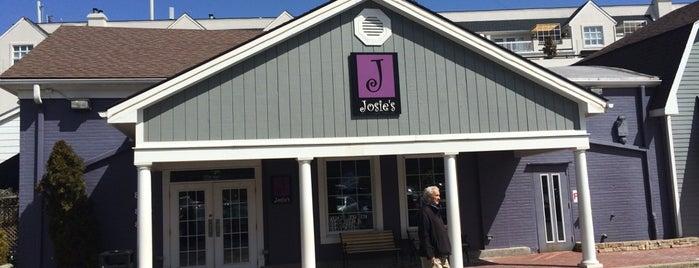 Josie's is one of Tempat yang Disimpan Matt.