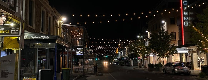 Rundle Street, Adelaide is one of MAC'ın Beğendiği Mekanlar.