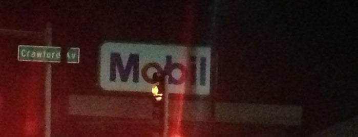 Mobil is one of Locais curtidos por Scarty.