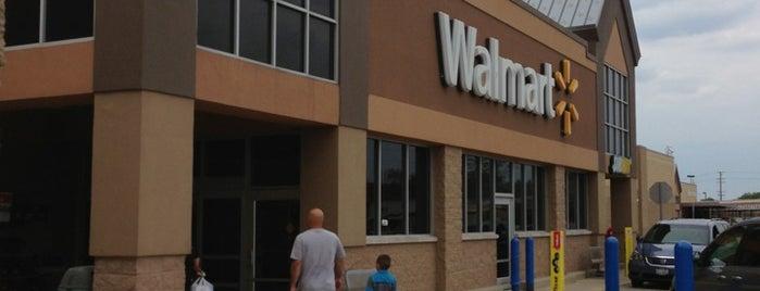 Walmart is one of Tempat yang Disukai Andy.