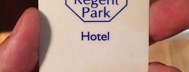 Regent Park Hotel is one of Tempat yang Disukai Claudio.