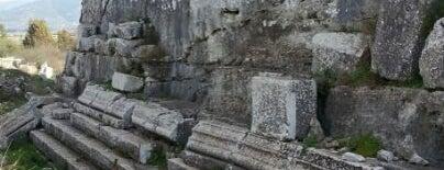 Belevi Anıt Mezarı is one of ♏️UTLU'nun Beğendiği Mekanlar.