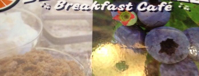 Blueberry Hill Breakfast Cafe is one of Resham 님이 좋아한 장소.