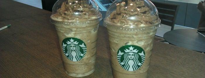 Starbucks is one of Lugares favoritos de Veronica.