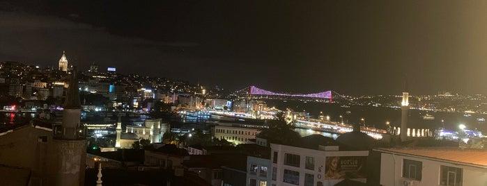 Moss Lounge The Bosphorus is one of Istanbul Shisha.