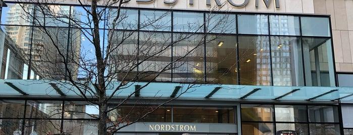 Nordstrom is one of Amanda 님이 좋아한 장소.